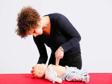 Herz-Lungen-Wiederbelebung bei Säuglingen und Kleinkindern